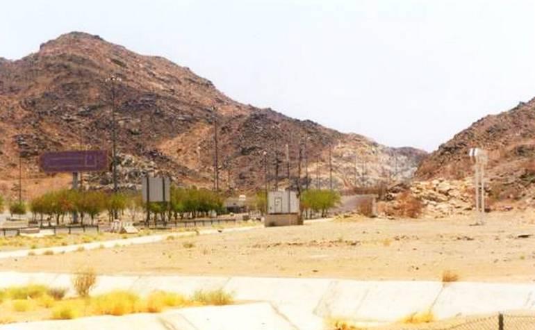 The plain of Waadi Muhassar near Mina