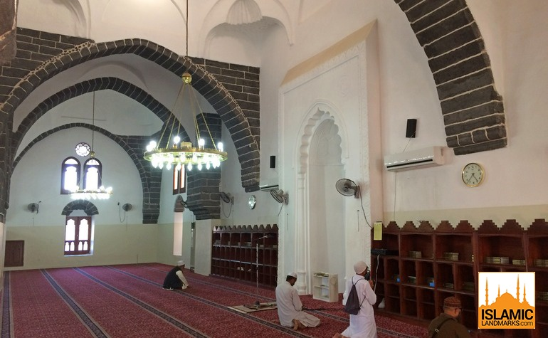 Interior of Masjid Ghamama