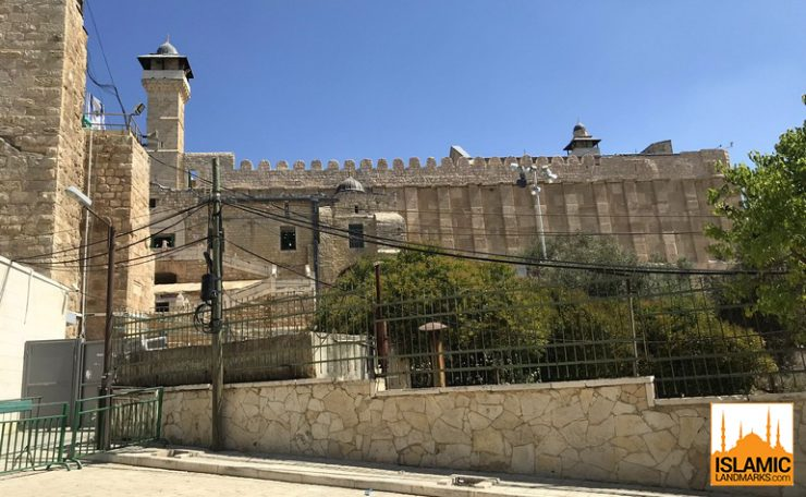 External view of Masjid Ebrahim in Hebron