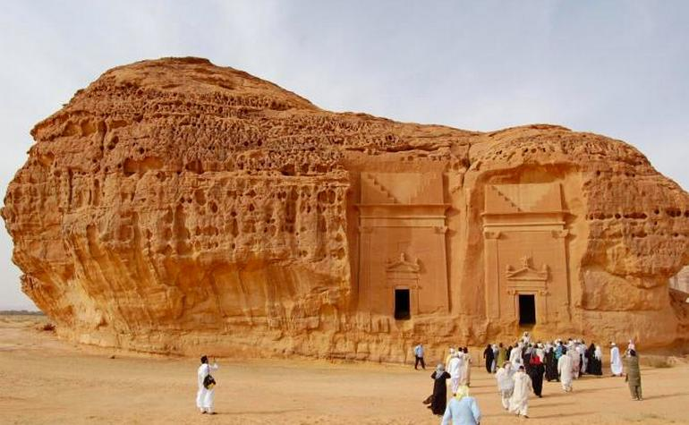 Islamic Saudi Arabia History: Mada'in Saleh – Photo: theculturetrip.com