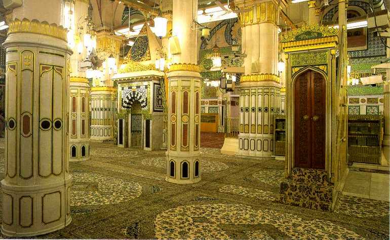 Riadhul-Jannah-in-Masjid-e-Nabwi.jpg