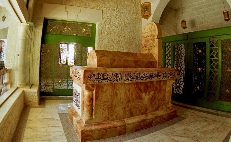 The tomb of Abu Ubaidah (may Allah be pleased with him) – Photo: Shafiq Morton