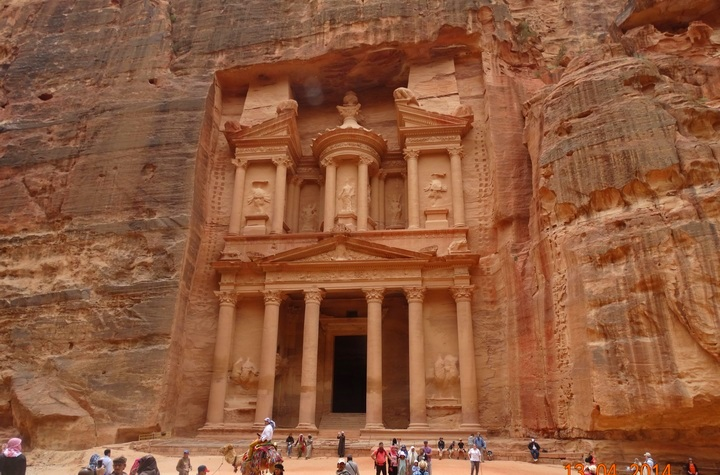 The Treasury in Petra – Photo: F.Pandor