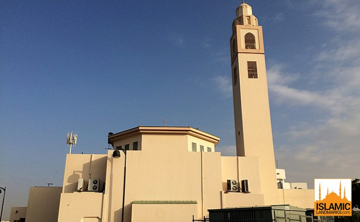 Front of Masjid Ejabah