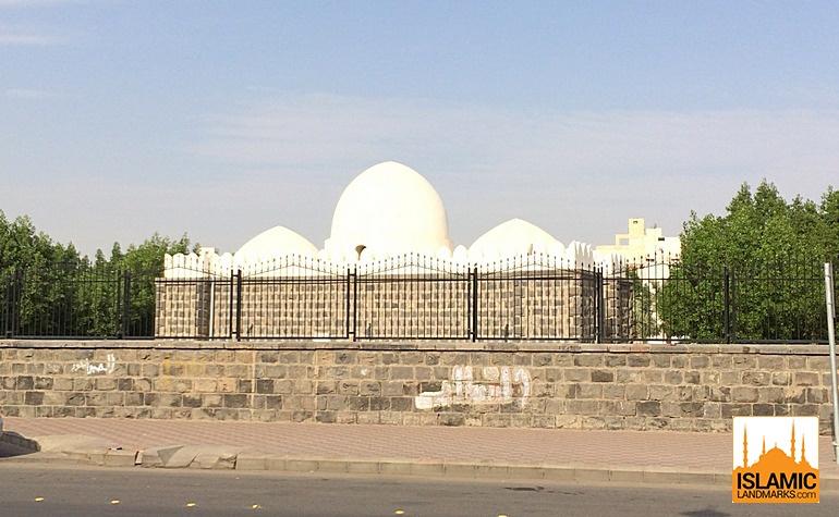 Front of Masjid Suqya
