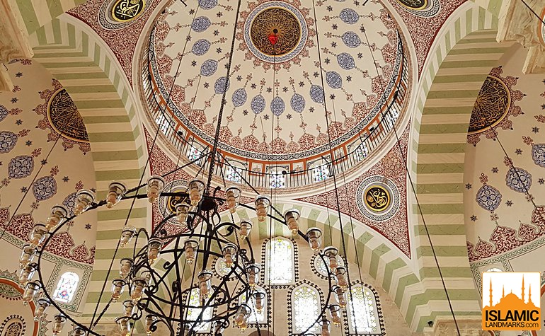 Ceiling detail in the Asian Mihrimah mosque