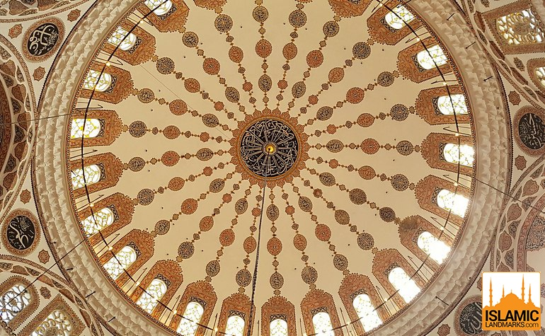 Ceiling patterns in the Yeni Valide mosque