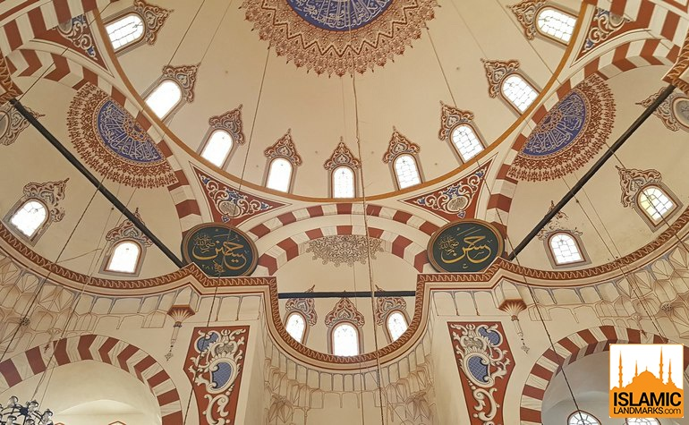 Ceiling detailn in the Sehzade mosque