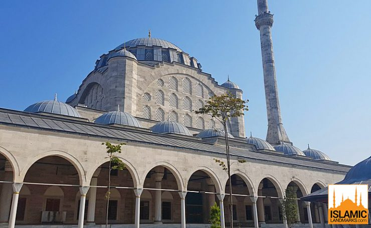 External view of the European Mihrimah mosque