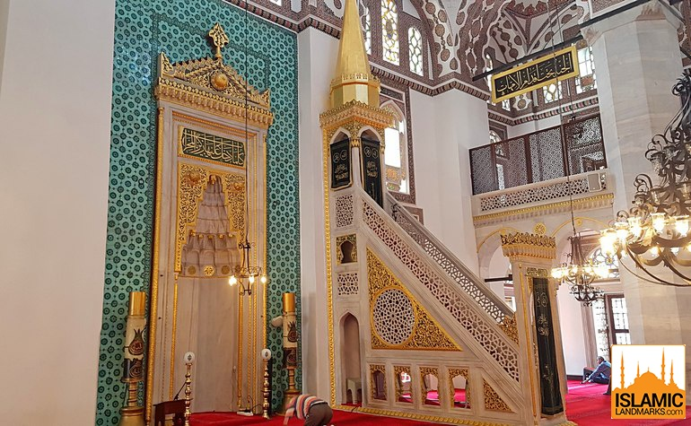 Mihrab and mimbar of Yeni Valide mosque