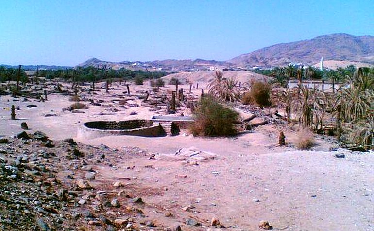 Old view of the well of Badr