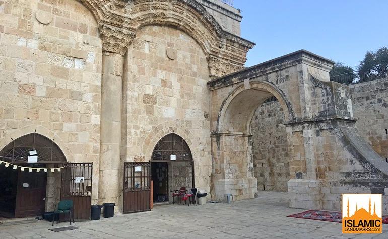 Entrance to Bab-ur-Rahmah