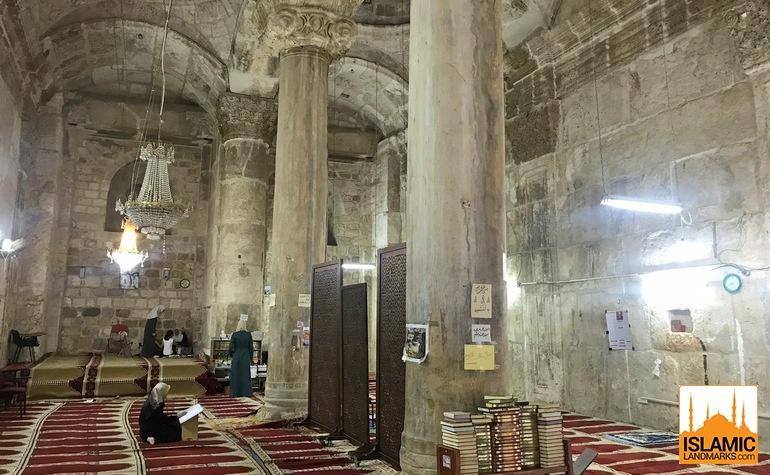 Interior of Bab-ur-Rahmah