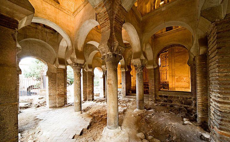 The interior of Bab al-Mardum