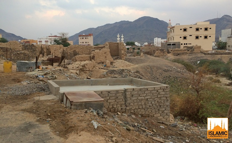 Barren area near where the mushrik of Badr were buried