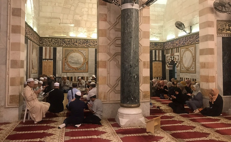 Zikr session in Masjid al-Aqsa