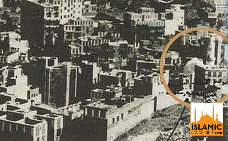 Enlarged view showing the mosque in the location of the Birthplace of the Prophet (s.a.w.)