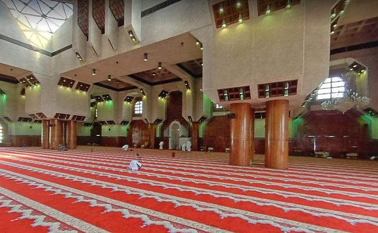 Interior of Masjid Aisha